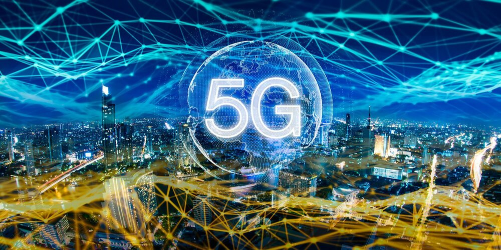 The Pros and Possible Cons of 5G Network