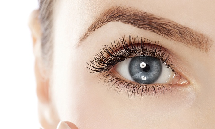 TRICKY NATURAL EYELASH TYPES AND PROFESSIONAL TIPS